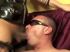 A brutal domination threesome to what place a couple of sadic transex in extreme mistress outfit, abuse a poor guy.